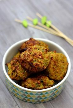 Zucchini dumplings with onion, curry and oatmeal - Amandine Cooking - Zucchini dumplings with onion and curry - Batch Cooking, Healthy Cooking, Healthy Eating, Vegetable Recipes, Vegetarian Recipes, Healthy Recipes, Pasta Recipes, Dinner Recipes, Healthy Foods