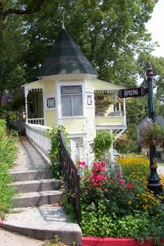 eureka springs arkansas | ... no further than the Ozars and a little town called Eureka Springs