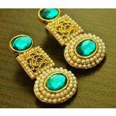 stylish-bluw-stone-and-moti-earrings