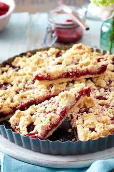 German Baking, Party Food Platters, Cake & Co, Cafe Food, Pastry Cake, Easter Recipes, Dessert Bars, Cake Cookies, Sweet Recipes