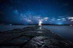 Breakwater Lighthouse ME by Moe Chen