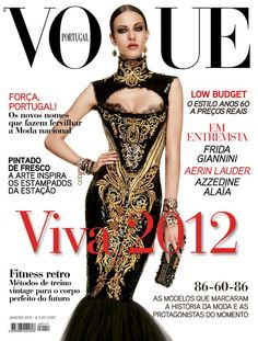Aymeline Valade by Giampaolo Sgura Vogue Portugal January 2012 Vogue Magazine Covers, Fashion Magazine Cover, Fashion Cover, Vogue Covers, Vogue Korea, Vogue Japan, Cover Model, Vintage Vogue, Fashion Images
