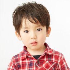 分け目をつけるだけ◎ Korean Boy Hairstyle, Kids Hairstyle, Boy Hairstyles, Little Boys, Kids Fashion, Hair Cuts, Baby Boy, Making Dolls, Children