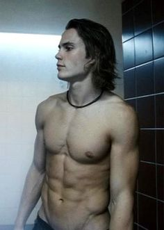 Taylor Kitsch....helllllllo.  I'm in love.