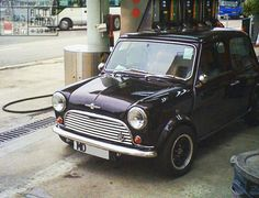 Mornin Miniacs, let's hit the pumps with a lil beauty for FILL IT UP FRIDAY!  Have a great day folks