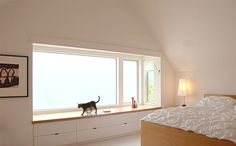 Window bay with built -in bureaux -- house by Anne Fougeron Architect