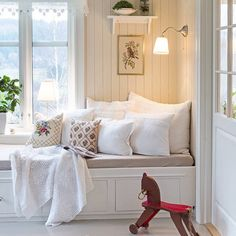 Summer House Interiors, White Bedroom Design, Gallery Wall Bedroom, Summer Cabins, Bedroom Design Inspiration, The Way Home, Cool Rooms, House Rooms, Interior Design Living Room