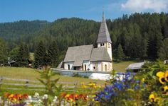 Carinthia, Church Flowers, Cathedral Church, The Kingdom Of God, Kirchen, Stained Glass Windows, Austria, Worship, Places Ive Been
