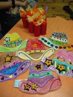 wild west craft for kids cowboy or cowgirl Rodeo Crafts, Cowboy Crafts, Western Crafts, Vbs Crafts, Camping Crafts, Preschool Crafts, Cowboy Theme, Cowgirl Party, Western Theme