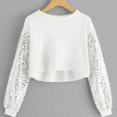 Shop Contrast Sequin Solid Crop Top at ROMWE, discover more fashion styles online. Girls Fashion Clothes, Teen Fashion Outfits, Outfits For Teens, Fall Outfits, Girl Fashion, Crop Top Outfits, Cute Casual Outfits, Stylish Outfits, Mode Turban
