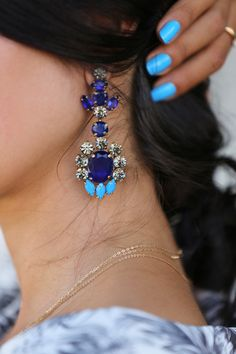 love the blue colors
