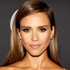 Exclusive! How to Get Jessica Alba's Gorgeous Makeup from the ESPY Awards  #InStyle #behindthescenes