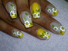 unhas decoradas com flores - Pesquisa Google Toe Nail Flower Designs, Colorful Nail Designs, Simple Designs, Paint Brush Art, Yellow Nails, Fabulous Nails, Flower Nails, Toe Nails, Beauty Nails
