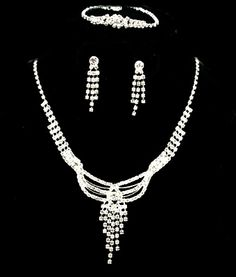 Bag Lady Formal Event Jewelry In Stock Buy Today!! 335 E. Solomon Street, Ste #1 Griffin, Ga 30223 Tel: 678-692-8488