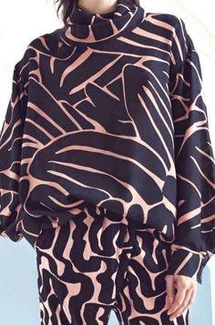 When Trying is Trying – Fashion Outfits Textile Patterns, Textile Prints, Textile Design, Paris Couture, Fashion Week, Womens Fashion, Shirt Designs, Fashion Designer, Mode Inspiration