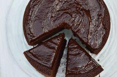 CHOCOLATE BAILEYS MUD CAKE by Dulcegourmett