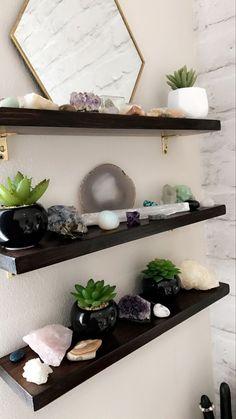 43 Diy Floating Shelves Decoration For Living Room - Top-Trends Spa Room Decor, Room Ideas Bedroom, Bedroom Decor, Massage Room Decor, Zen Bathroom Decor, Wall Decor, Bedroom Colors, Crystal Room Decor, Crystal Bedroom