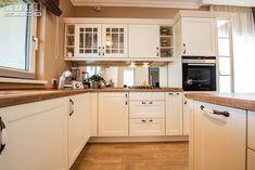 Dumbravita   Kuxa Studio   Ancuța Classic Kitchen, Kitchen Cabinets, Furniture, Studio, Design, Home Decor, Urban, Home Kitchens, Decoration Home