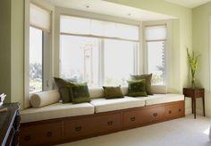 window seat for bay window