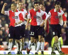 Robib Van Persie (centre) move from boyhood club Feyenoord to Arsenal in 2004