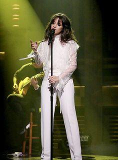 Camila performing at The Tonight Show with Jimmy Fallon - Fifth Harmony, Havana, Amazing Women, Beautiful Women, Tonight Show, Jimmy Fallon, Stage Outfits, Shows, Camilla