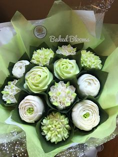 White and pale green bouquet www.bakedblooms.com