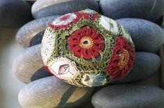 piedras y crochet