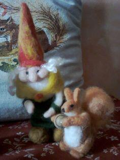 Grandma gnome with squirrel