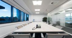 Sala de reuniões nos escritórios da GFI em Lisboa, Portugal