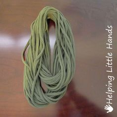 Helping Little Hands: No-Sew T-Shirt String Infinity Scarves - Great Gift Idea