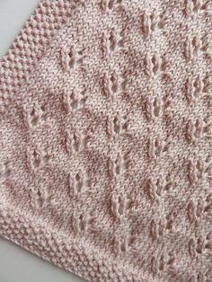 Tuto tricot :une petite couverture pour bébé, un cadeau de naissance facile à…