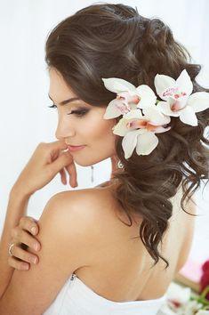 Idées de coiffures de mariage pour cheveux bruns | Tout pour mon ...