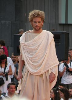 This perizoma and its drapery was influenced by ancient greek. Ancient Greece Clothing, Ancient Greece Fashion, Armor Clothing, Greek Clothing, Ancient Greek Costumes, Greek Toga, Greek Men, Greek Fashion, Mens Fashion