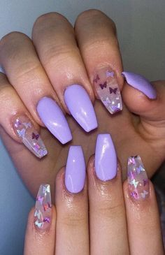 Purple W Dark Purple And Light Purple Butterflies Acrylic Nails In 2020 Purple Acrylic Nails Lavender Nails Short Acrylic Nails Designs