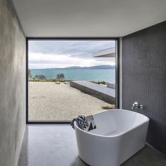 Beach House  by Stuart Tanner  • Follow @architecturewanted for more!