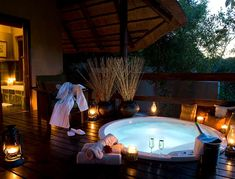 Sabi Sabi Private Game Reserve, South Africa Care to take a dip? Dont mind if I do....