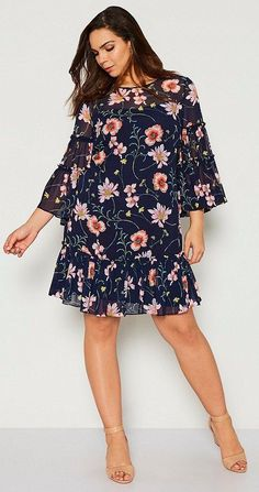 39 Plus Size Spring Wedding Guest Dresses {with Sleeves} - Plus Size Party Dress. 39 Plus S. Party Dresses With Sleeves, Casual Party Dresses, Party Dresses For Women, Nice Dresses, 1950s Dresses, Dresses Uk, Dress Party, Party Wear, Dresses Online