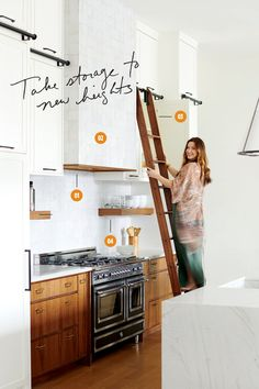 Home Remodeling White Cabinets high ceilings white cabinets kitchen - We asked some of Dallas' Best Designers to break down their favorite spaces. Kitchen Hood Design, Kitchen Cabinet Design, Kitchen Interior, Home Interior Design, Kitchen Designs, High Ceiling Decorating, Decorating Kitchen, Layout Design, Kitchen With High Ceilings