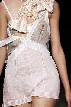 Louis Vuitton Spring 2007 - Details