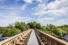 De oude spoorbrug over de Moerputten. Cultuurhistorie en natuur ontmoeten elkaar hier bij 's-Hertogenbosch