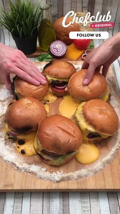 Fun Baking Recipes, Cooking Recipes, Fancy Food Presentation, Buzzfeed Food, Quick Snacks, Food Humor, Diy Food, Food Hacks, Food Videos