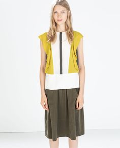 Image 1 of COLOR BLOCK TOP WITH FRILL from Zara