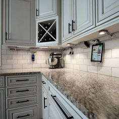 Kitchen decorating ideas for small spaces small kitchen decorating ideas themes,kitchen unit ideas modular kitchen designs kitchen shelves designs where can i buy kitchen cabinets. Kitchen Redo, New Kitchen, Kitchen Ideas, Kitchen Backsplash, Kitchen Designs, Kitchen Outlets, Backsplash Design, Awesome Kitchen, Backsplash Ideas