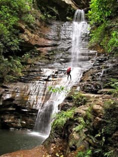 Canyoning and abseiling in the Blue Mountains