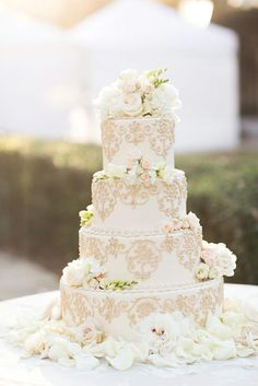Wedding - Gorgeous White Wedding Cake And Flowers