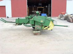 John Deere 24T hay equipment salvaged for used parts. This unit is available at All States Ag Parts in Black Creek, WI. Call 877-530-2010 parts. Unit ID#: EQ-24685. The photo depicts the equipment in the condition it arrived at our salvage yard. Parts shown may or may not still be available. http://www.TractorPartsASAP.com