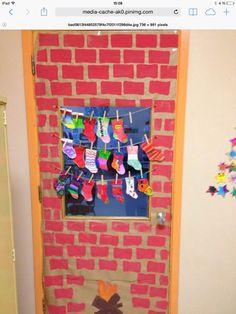 Childrens Christmas Crafts, Mason Jar Christmas Crafts, Christmas Crafts For Kids To Make, Christmas Art, Christmas Projects, Christmas Classroom Door, Christmas Door Decorations, Christmas Themes, Montessori Art