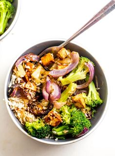 These lunch bowls are best prepped the night before, so I would suggest having them for dinner the Sunday night before you start your one week meal plan, that way you can pack up the leftovers for lunch. If you have time to make lunch today, you'll need about 45 minutes to make these. Tofu Recipes, Whole Food Recipes, Vegetarian Recipes, Healthy Recipes, Drink Recipes, Healthy Meals, Bbq Tofu, Clean Eating, Healthy Eating