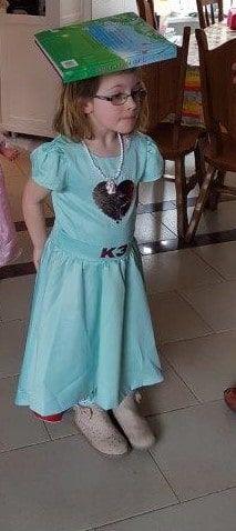 DIY Prinsessenfeest Make A Wish, How To Make, Short Sleeve Dresses, Dresses With Sleeves, Party Stuff, Robin, Diys, Birthdays, Summer Dresses