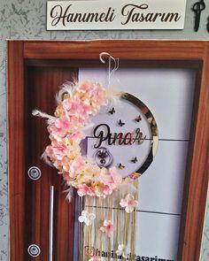 Wreaths, Instagram, Home Decor, Decoration Home, Door Wreaths, Room Decor, Deco Mesh Wreaths, Interior Design, Home Interiors